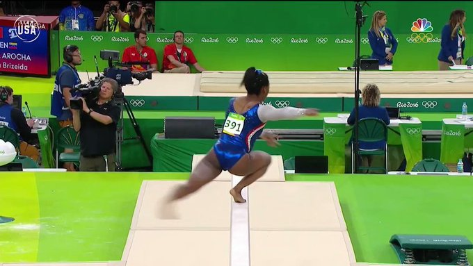 Happy 21st Birthday to the one and only Simone_Biles !   More: