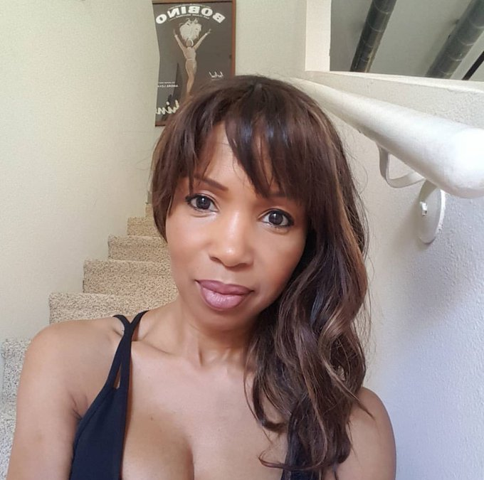 Happy 52nd Birthday Elise Neal