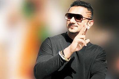 Happy Birthday  Yo Yo Honey Singh My Inspiration Fav Singer...      Your Biggest Fan...