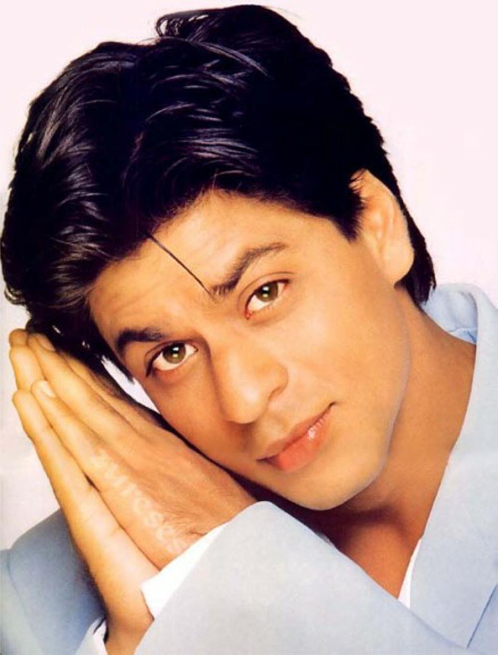 #SRKPictureTreasure: If innocence could have a face, it would have looked just like Shah Rukh Khan �� https://t.co/yFJ8ZC6Snz