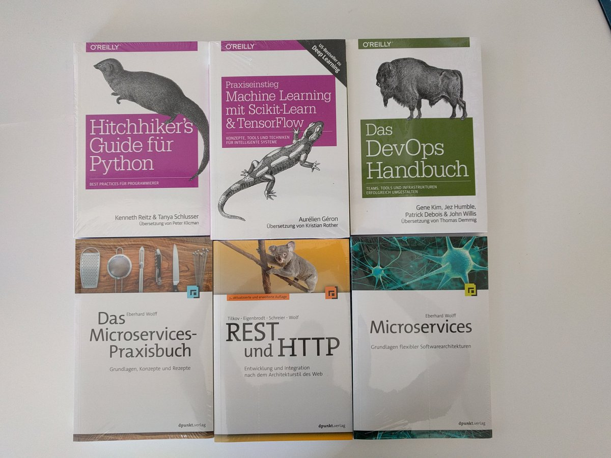 RT @DataEngMuc: books for todays book raffle sponsored by @oreillyverlag @dpunkt_verlag and @ewolff https://t.co/v9oyuos8Qb