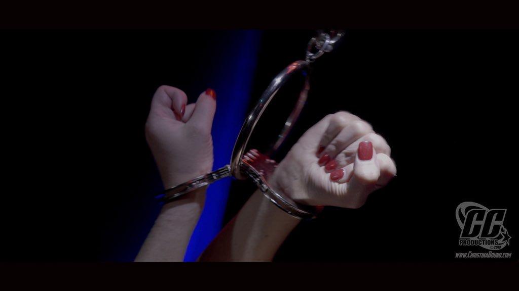 1 pic. Releasing tomorrow...part 1...#wonderwoman #bondage #bdsm #cosplay r1wUUZsmuf