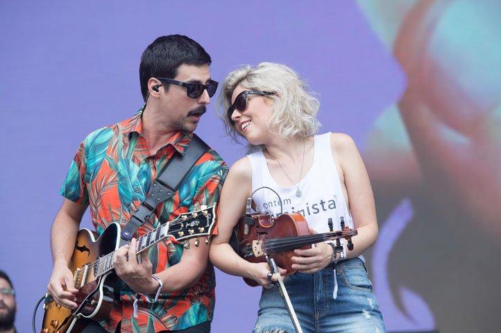 @BroadcastImagem: Apresentação da banda brasileira de indie rock Vanguart no Lollapalooza, em SP. Serjão Carvalho/Estadão