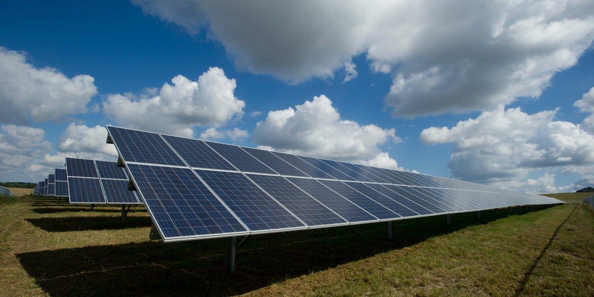 test Twitter Media - #zonneparken zijn noodzakelijk voor het #duurzaam opwekken van #energie maar kunnen daarnaast ook van grote maatschappelijke waarde zijn.  Zo pak je het aan: https://t.co/sfsTMC9gnY  #zonnepark #whitepaper #zonnepanelen https://t.co/rvSFCoroMP