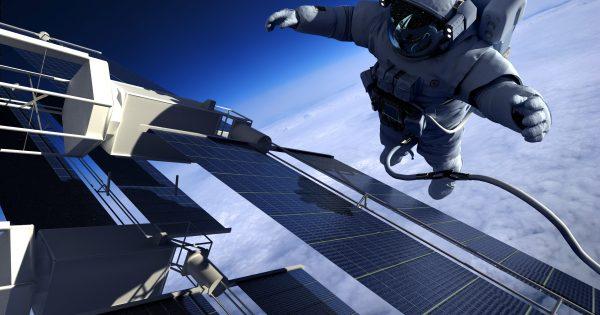 Cómo es vivir un año en el espacio, según el astronauta Scott Kelly https://t.co/L5bLjqsCf7 https://t.co/Or0mJMCHQl