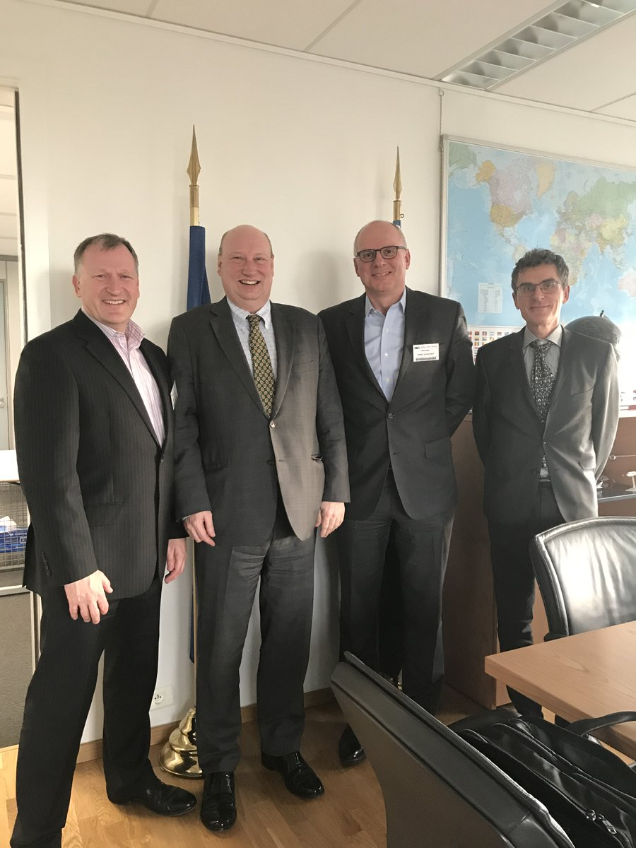 test Twitter Media - DG Hololei w/ @Skyguide CEO Alex Bristol & CTO Klaus Meier: Skyguide has been a pioneer in ATM digitalisation w/ the Virtual Centre initiatives in 🇨🇭, and is a very valued & inspiring partner for us, driving forward innovative solutions & improved performance. https://t.co/iFuOwTtJc9