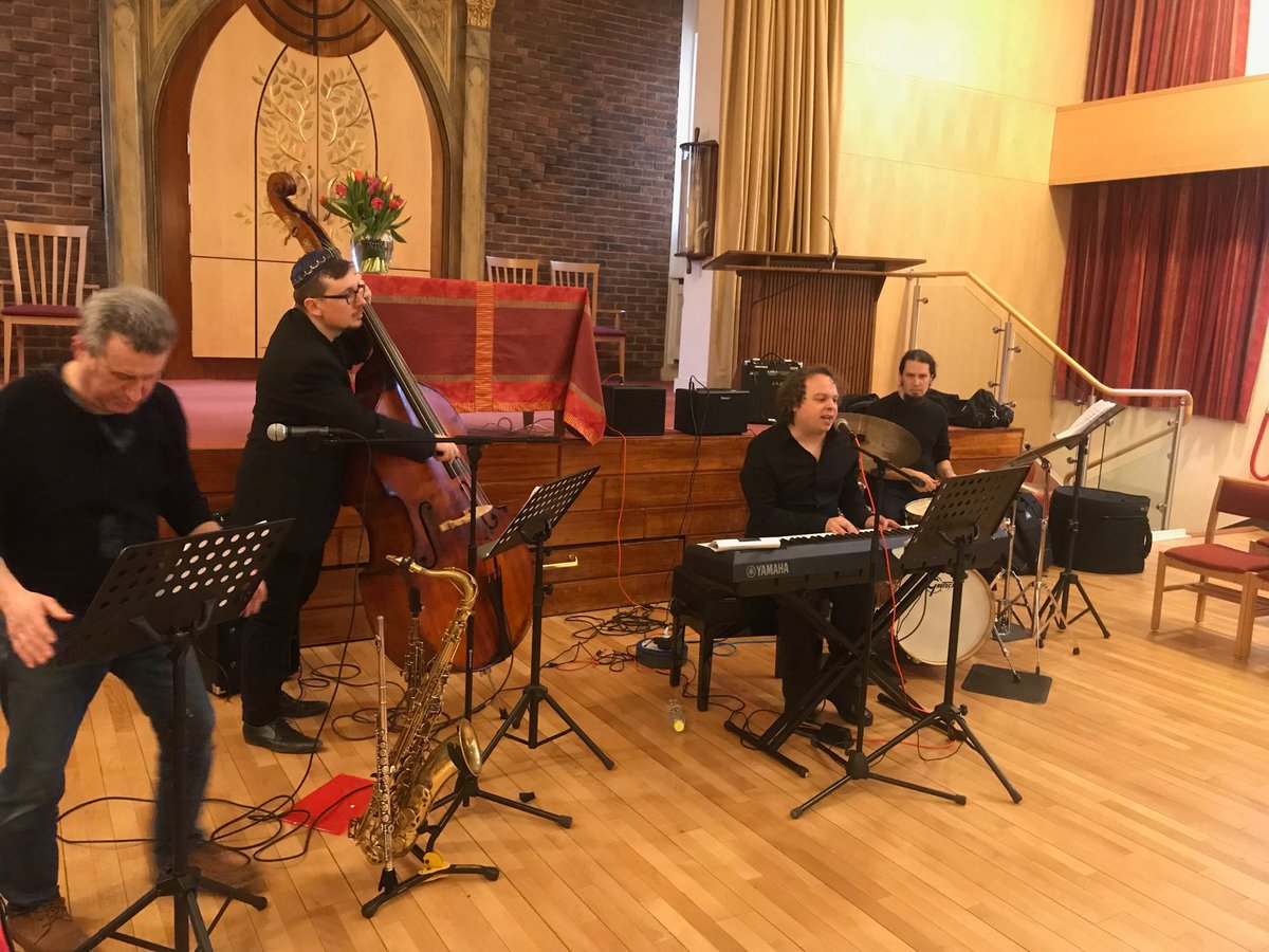 test Twitter Media - The real deal NPLS #Jazz Service in rehearsal starts at 7pm I can promise you the most uplifting of starts to #shabbat you have had for a very long time! @Rabbi_Lea @RabCharley @rabbipete https://t.co/93OlcCljTj