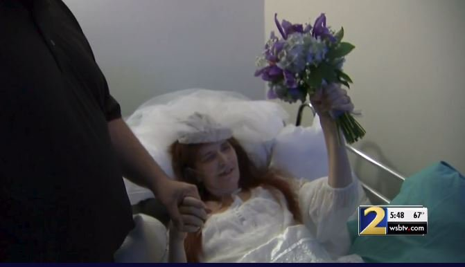 After being denied marriage license, terminally ill woman and fiancé marry
