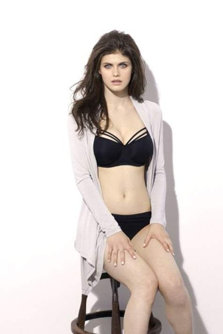 Happy Birthday Alexandra Daddario!