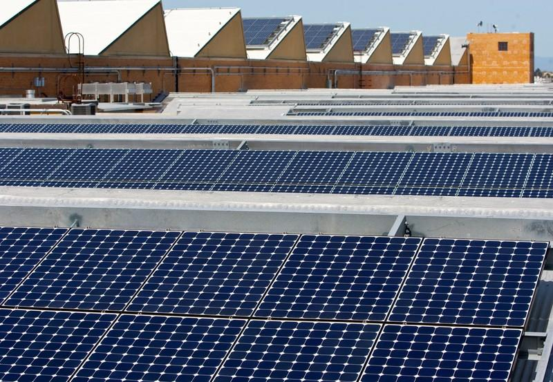 SunPower seeks tariff waiver, cites plan for U.S. expansion https://t.co/mFl53Hs1zO https://t.co/TEpWY07TIg