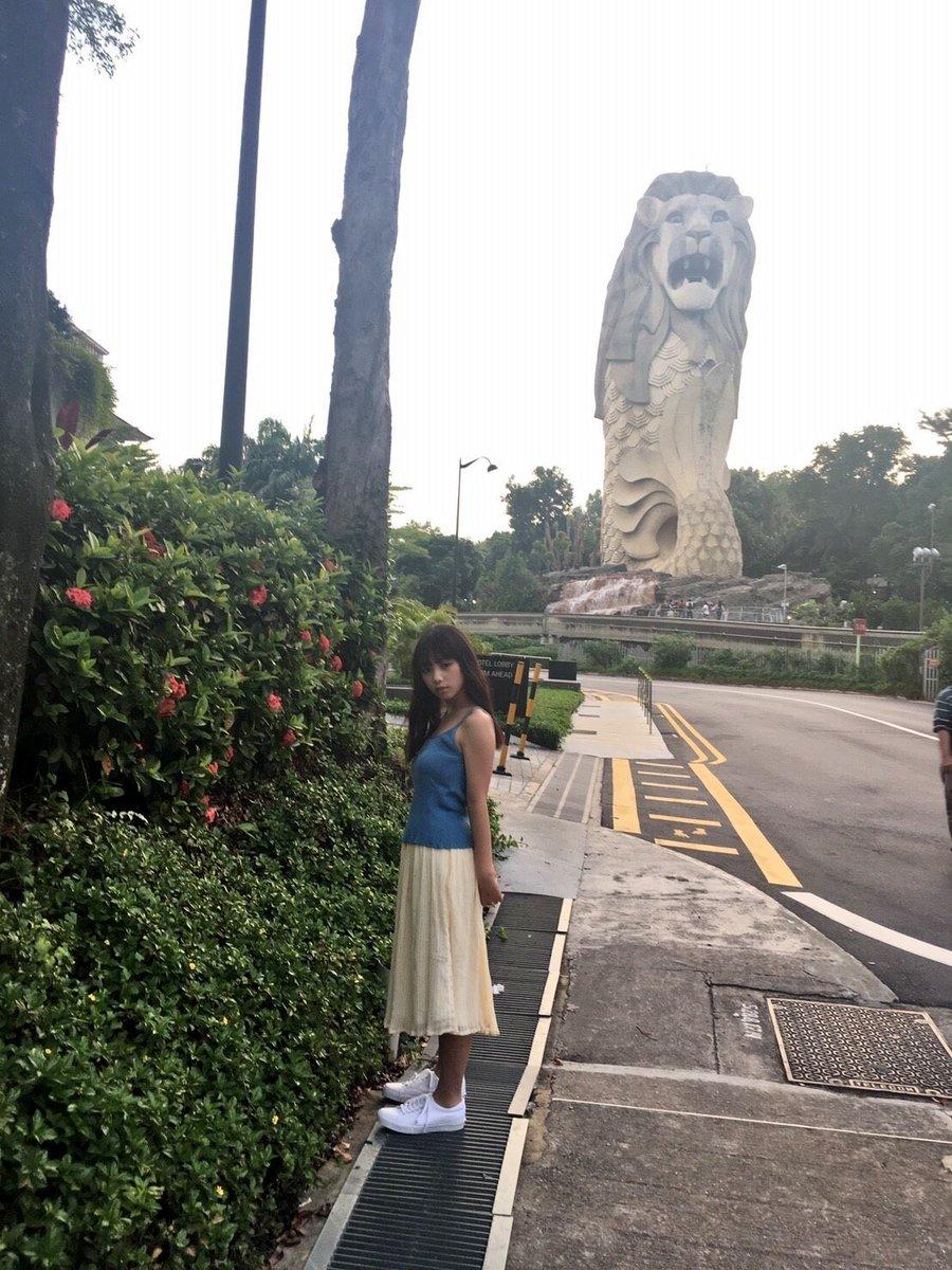 セントーサ島到着! あれが、大きいほうのマーライオン!  #与田祐希 #与田ちゃん #日向の温度 #シンガポ...