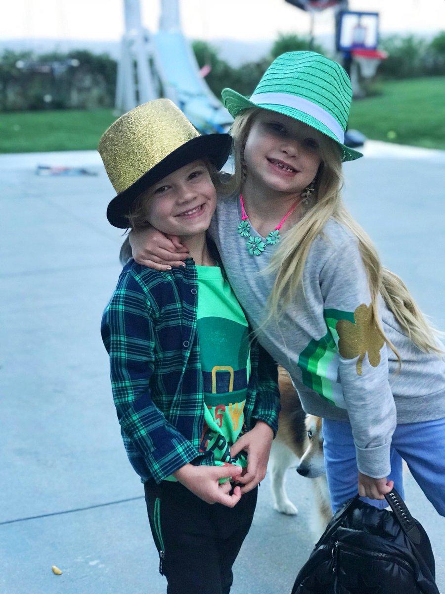 Happy St. Patrick's Day ????????#MAXIDREW #ACEKNUTE #StPatricksDay #GreenOnGreenOnGreen https://t.co/pdfaGopnvC