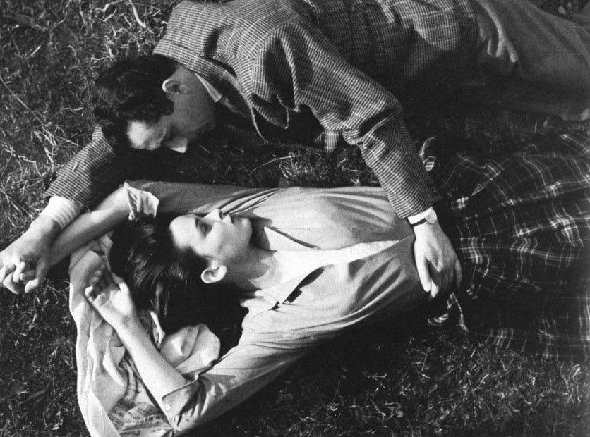 Lucia Bose & Michelangelo Antonioni. https://t.co/ADAJ5PvoKA