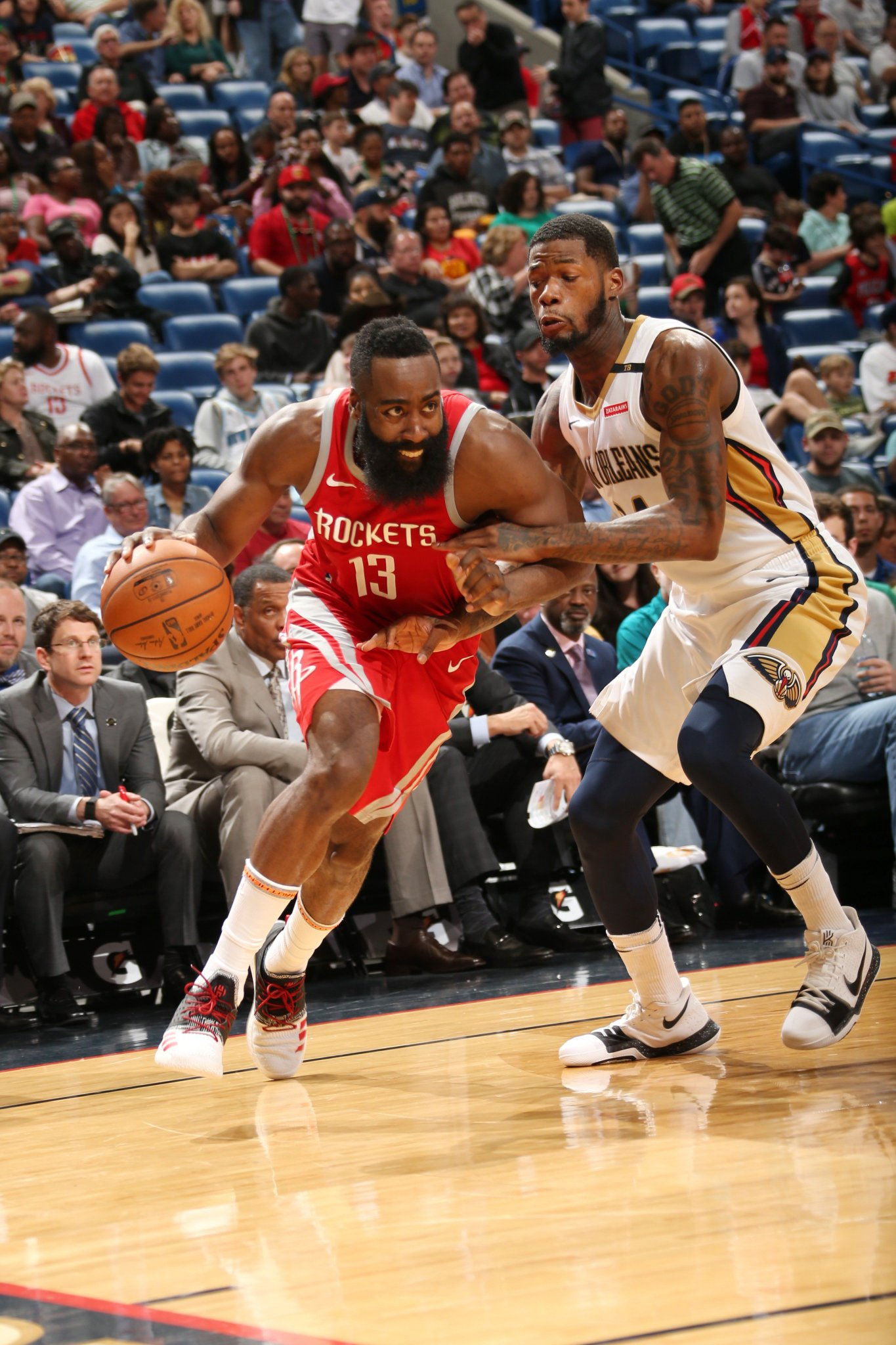 Big game for The Beard to lead the @HoustonRockets to the W!  32 PTS | 11 REB | 8 AST  #Rockets 107 | #DoItBig 101 https://t.co/DpZ7HAv0GF