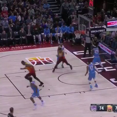 Mitchell leads the @utahjazz to their 9th straight win with 28!  #TakeNote https://t.co/Mh0Ngo4hky