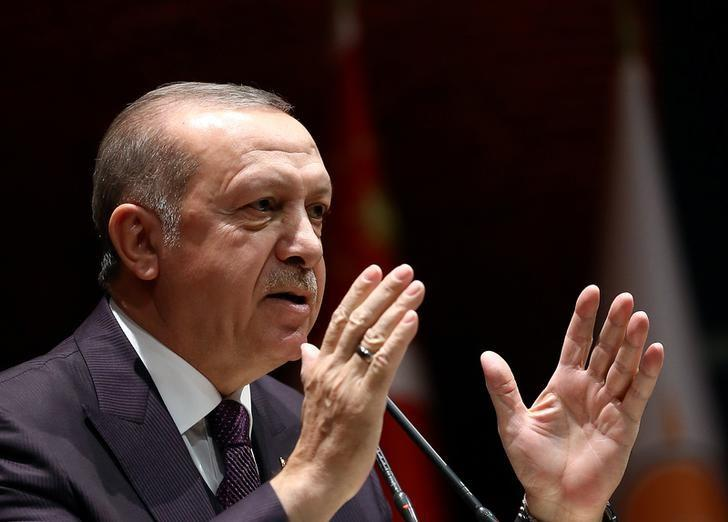 Turkey's Erdogan says Afrin town center 'under control' https://t.co/0TOvTTU4WX https://t.co/xvPvXLuuCP