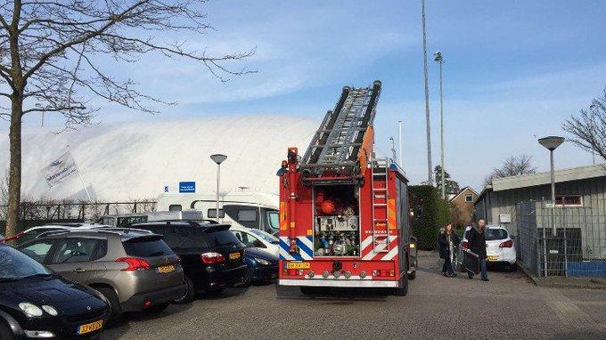 DeLier Tennispark 't Loo Binnenbrand betreft kleine brand incident in pand. https://t.co/uQ6z9OOjs5