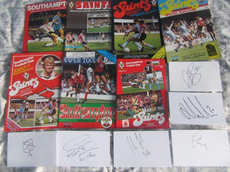7 Southampton v Liverpool programmes and autographs https://t.co/4LgutGJdiU https://t.co/QjlhdU2wgV
