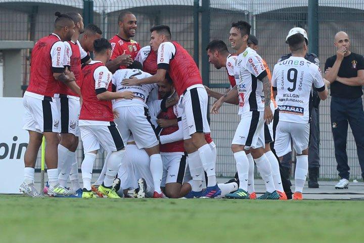@BroadcastImagem: Bragantino vence Corinthians por 3 a 2 no primeiro jogo das quartas do Paulistão. Alex Silva/Estadão