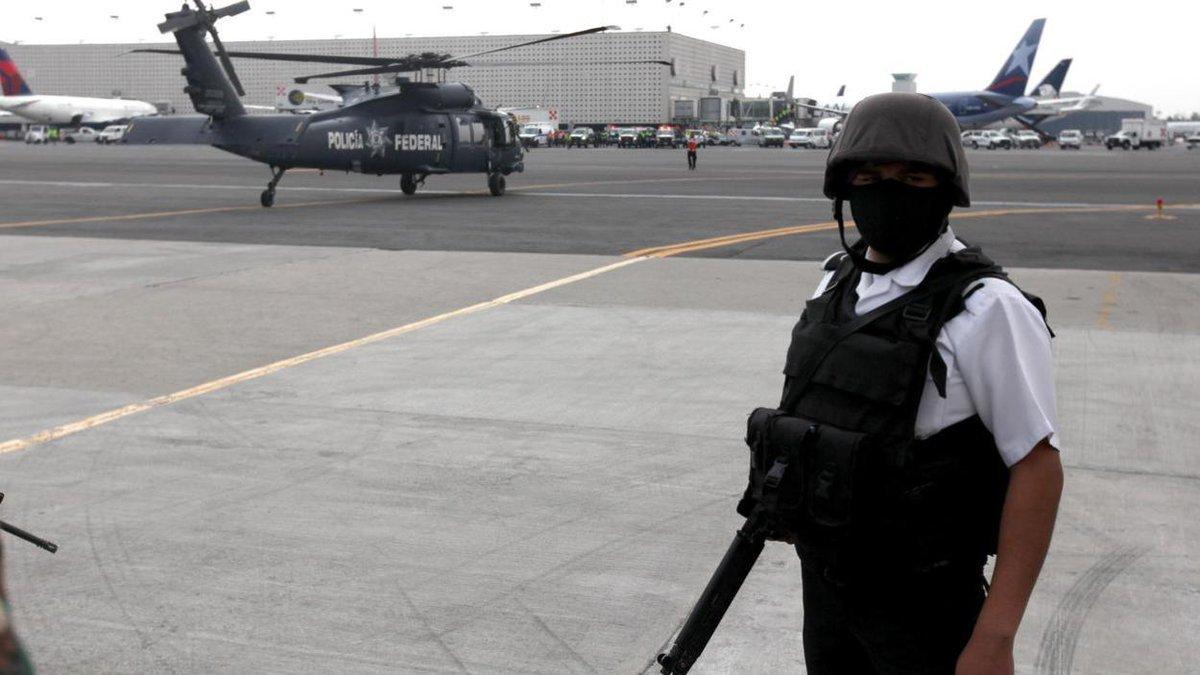 Four alleged associates of Sinaloa cartel-linked encrypted phone company are on the run: https://t.co/1iXQuYUzIA https://t.co/xxPReFPtZC