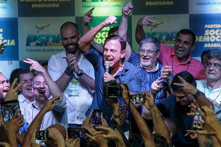 @BroadcastImagem: Doria vence prévias no 1º turno com 80,45% dos votos e disputará governo de SP. Daniel Teixeira/Estadão