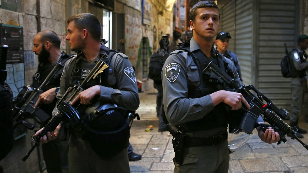 Israeli security guard stabbed to death in Jerusalem attack