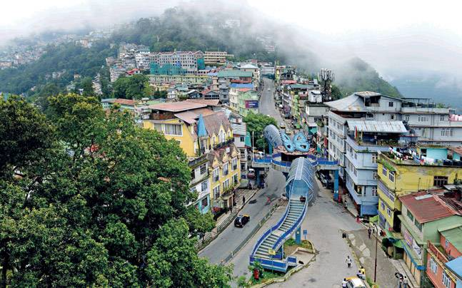 test Twitter Media - Sikkim goes up in @SwachhBharatGov, all ULBs declared ODF https://t.co/fvLgNYyUFd @TourismSikkim @voiceofsikkim @Sikkim_Express @SAVDAGREAT @egovonline @ArpitKGupta @ravigupta1000 @kartiksharma0 @HemanginiKanthR @sudhirelets @gautam_debroy https://t.co/WYSEeeihlc