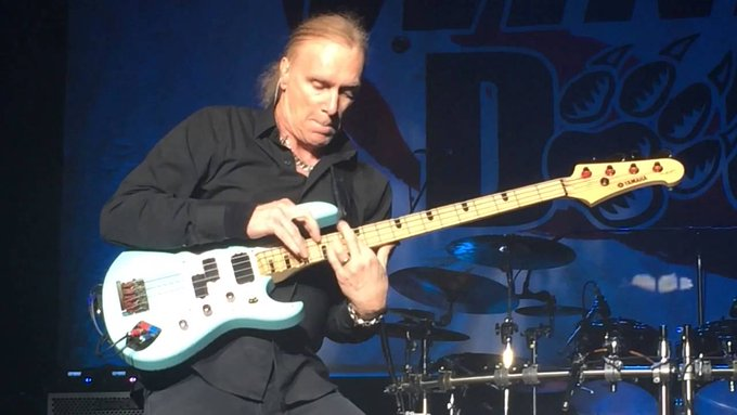 Happy Birthday Today 3/19 to former David Lee Roth bassist Billy Sheehan. Rock ON!