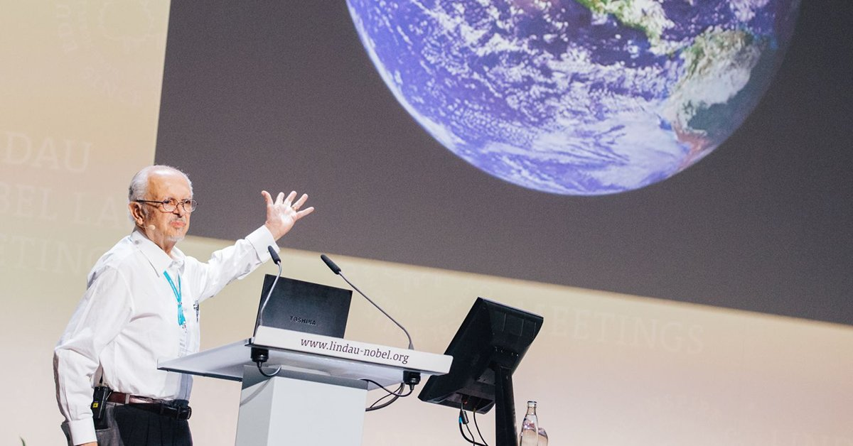 test Twitter Media - Happy birthday #NobelLaureate Mario J. Molina! The chemist is co-recipient of the 1995 @NobelPrize for his work in atmospheric chemistry, particularly concerning the formation and decomposition of ozone. At #LiNo17 he talked about  #climatechange https://t.co/0vPxbWA467 https://t.co/k9I42ZxA6s