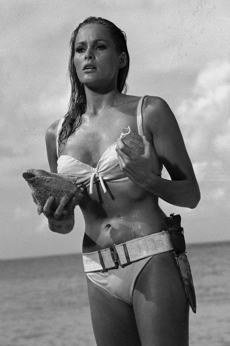 Happy birthday Ursula Andress !