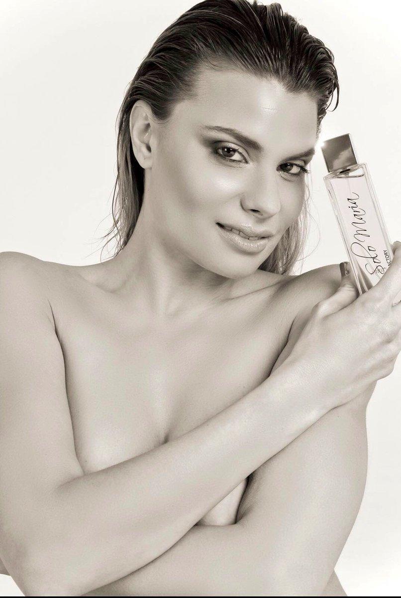"""Por fin podemos presentaros el nuevo perfume """"SÓLO MARÍA"""" que podéis adquirir en s1a14Zvjm8"""