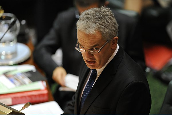 Lenders quits on eve of investigation into alleged Labor rorts