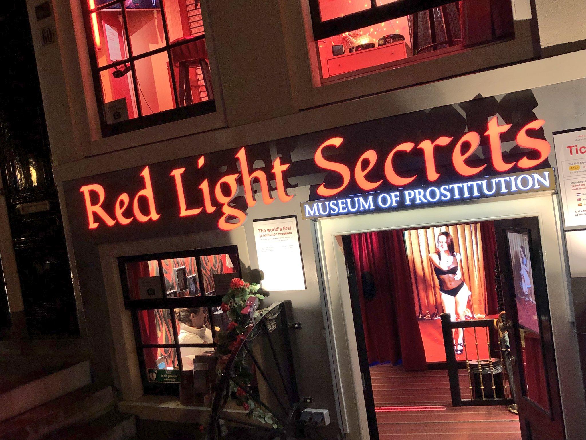 #Amsterdam �� Red Light District https://t.co/ChfwElU4e7