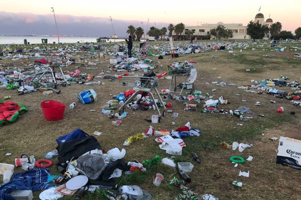 Councillors to vote on permanent booze ban at St Kilda foreshore