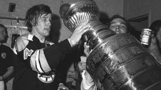 This guy is celebrating today. One of the best players in the NHL. Happy Birthday to Bobby Orr on the big 70.
