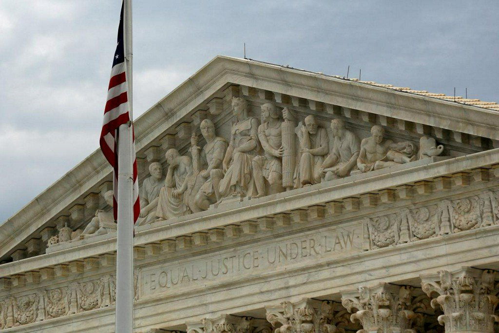 Supreme Court mulls California law on anti-abortion facilities