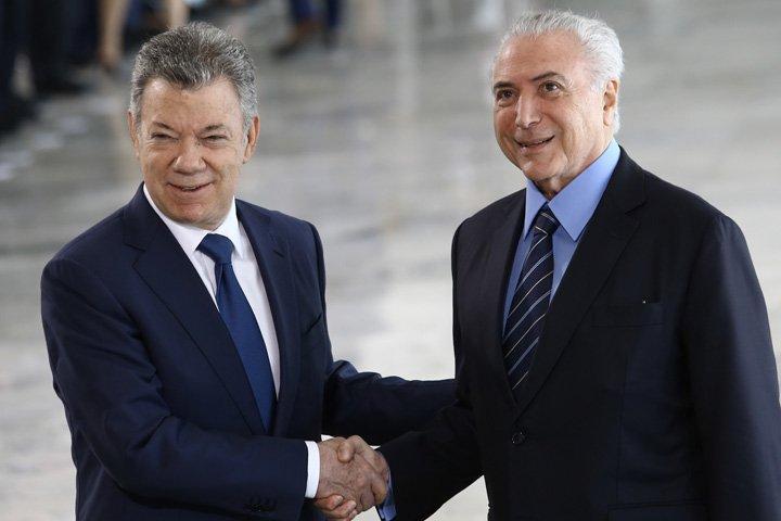 @BroadcastImagem: Michel Temer recebe o presidente da Colômbia, Juan Manuel Santos, no Palácio do Planalto. Dida Sampaio/Estadão