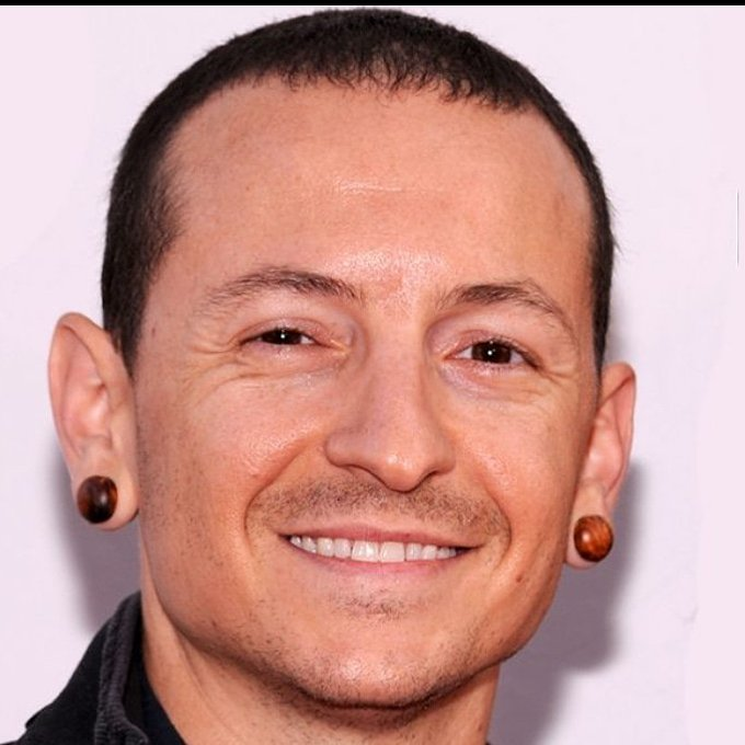 Happy birthday Chester Bennington. RIP.