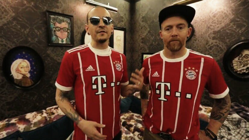 RT @FCBayernUS: 42 years ago, Chester Bennington was born. You are forever a part of the FC Bayern family. https://t.co/3PnxpcOTKx