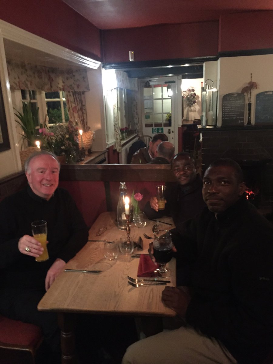 test Twitter Media - Just in the Red Lion in Shamley Green with our two excellent seminarians from Wonersh, Paul and Johnpromise. (NB the soft drinks for Lent!) https://t.co/xKnhVdbpgO