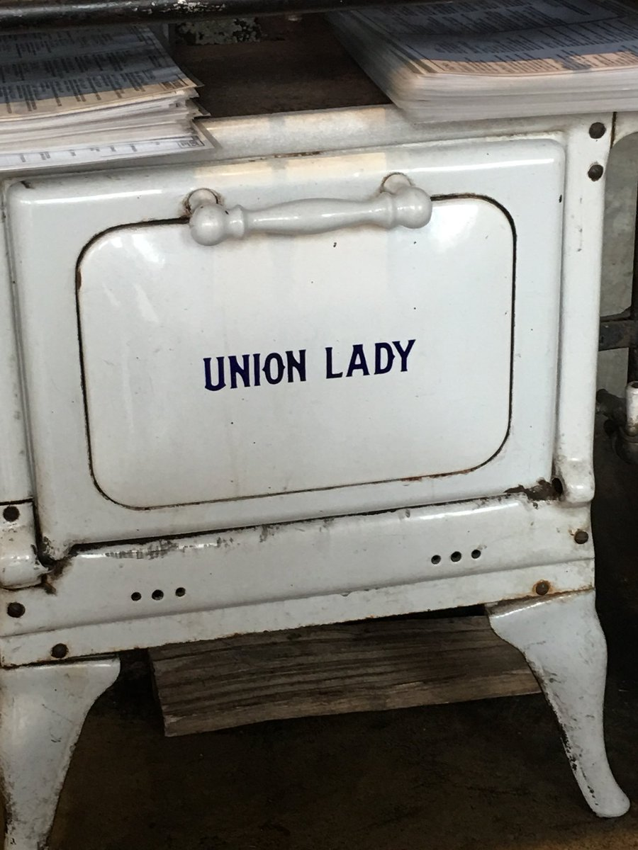 #UnionLady https://t.co/IRBKkLKkAt