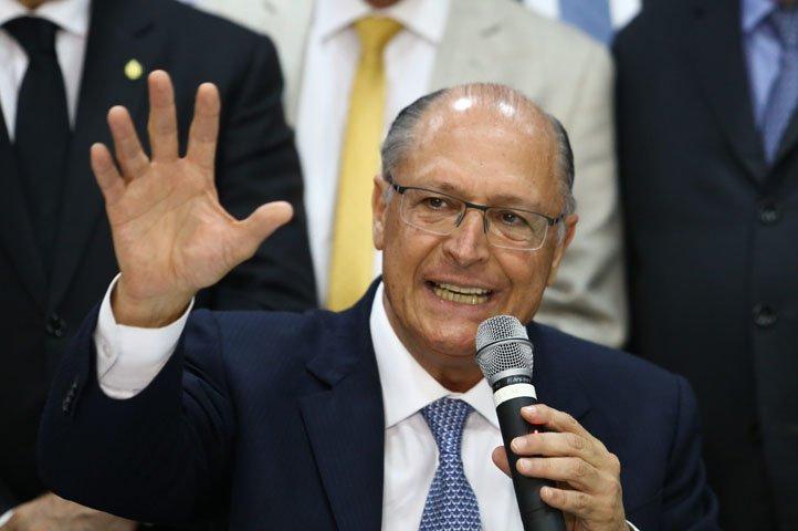 @BroadcastImagem: Alckmin: estamos estudando (propostas econômicas); uma delas é o FGTS ser remunerado pela TLP. Dida Sampaio/Estadão