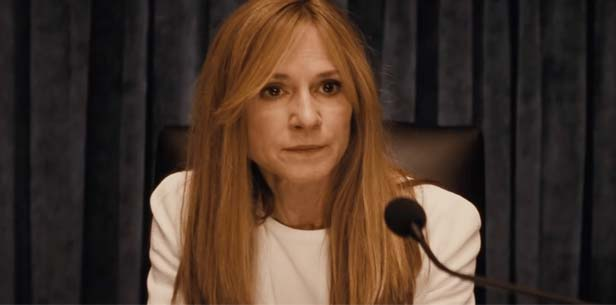 Happy Birthday Holly Hunter! The only voice i want to hear at Superman\s hearing
