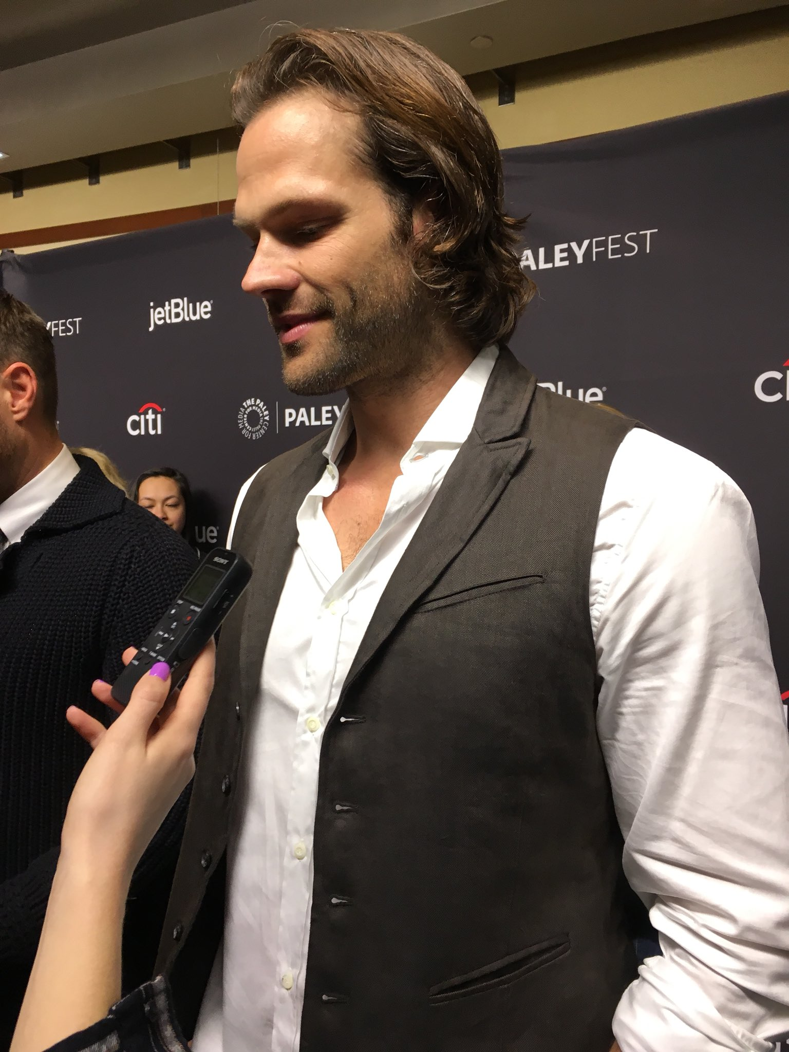 The men of #Supernatural in the house: @jarpad, @JensenAckles, and @mishacollins! #PaleyFest @paleycenter https://t.co/ZR5nB4wWOR