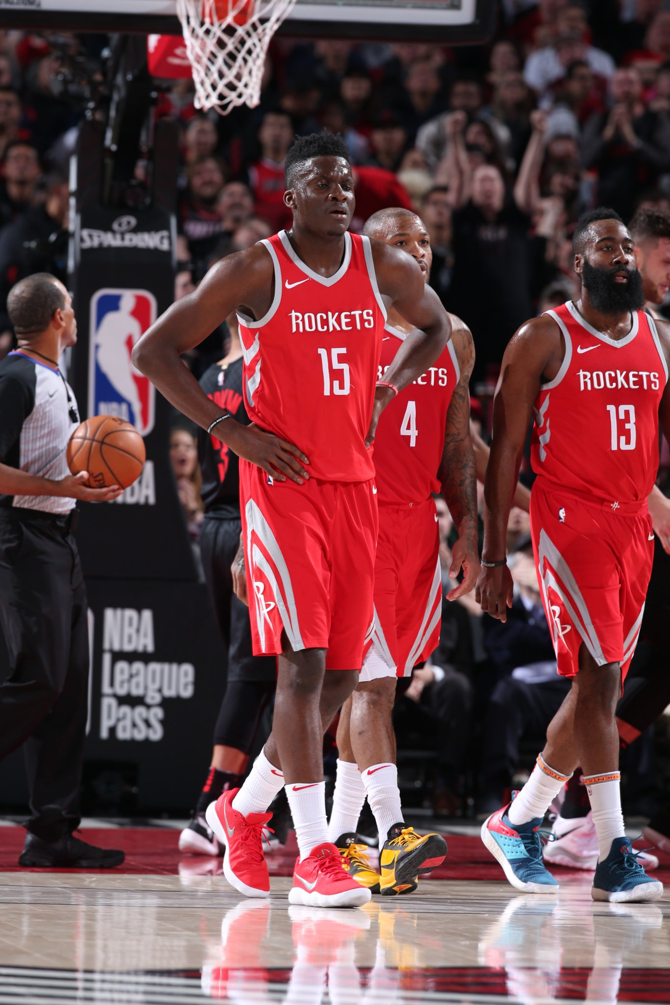 Squad is battling in Portland! ��  Rockets up 104-100 with 4:04 left. https://t.co/3nbxyAA403