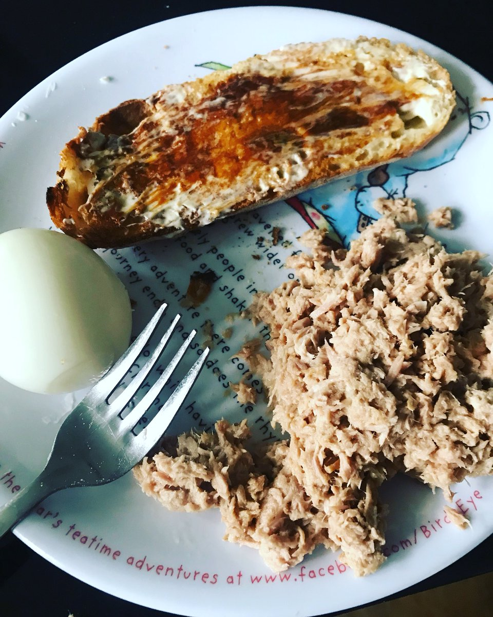My son made his own breakfast!!!! #marmitelover  #tuna #egg ???? https://t.co/tbdnqyAgQF