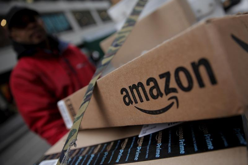 After attacks on Amazon, U.S. Chamber criticizes targeting American business