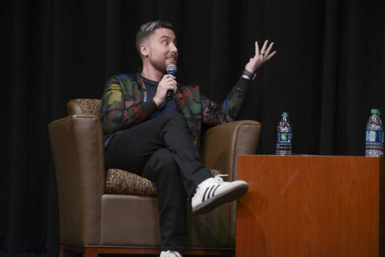 RT @ThePittNews: .@LanceBass in sync with LGBTQ+ community https://t.co/Wpf7tYXSFz https://t.co/ycTrwygXu8
