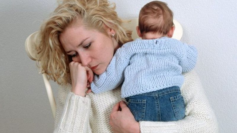Do I have postnatal depression? The signs and symptoms you need to know about