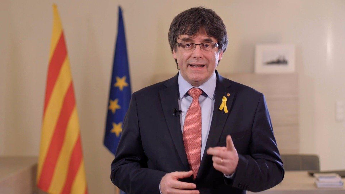 Former Catalan leader Carles Puigdemont detained in Germany via @ReutersTV